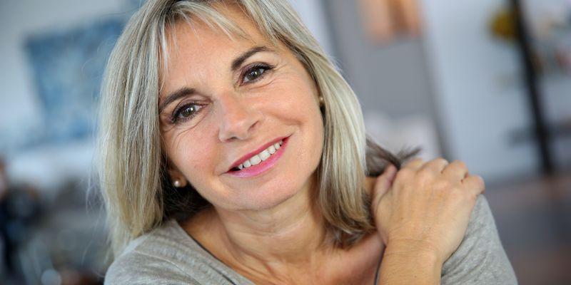 фото женщина в возрасте