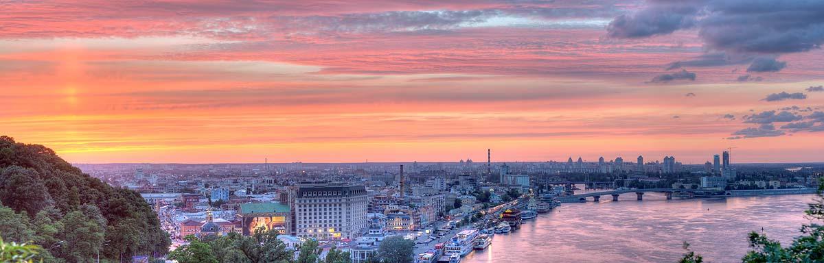 Киев вошел в список городов с самыми красивыми закатами