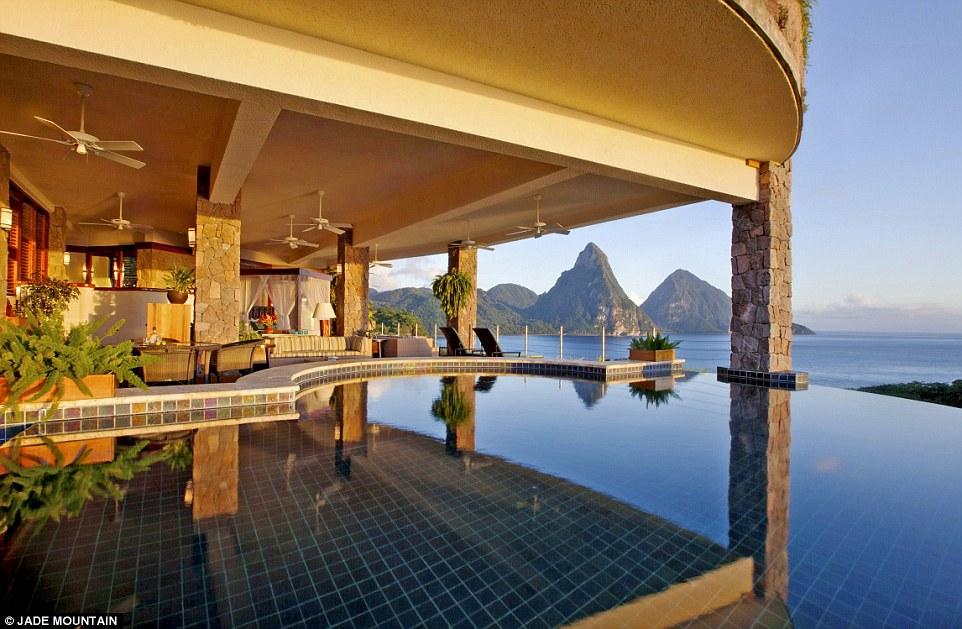 "Святая Луция, гостиница ""Jade Mountain"""