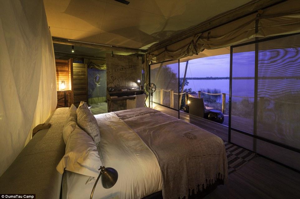 "Ботсвана, гостиница ""DumaTau Camp"""