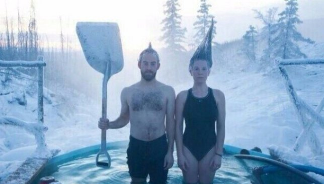 Украинские звезды взяли курс на воду: как они на Крещение в прорубь окунались