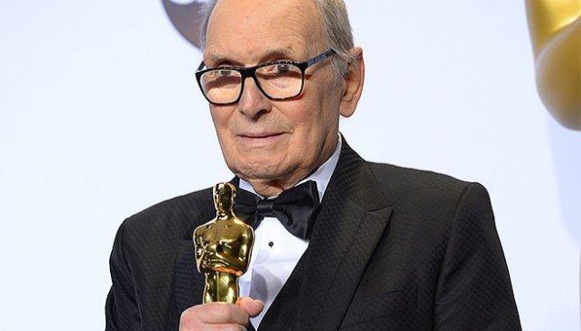 Он получил Оскар в свои 87 лет, ждал этого всю жизнь, но о нем забыли на фоне Лео (Видео)