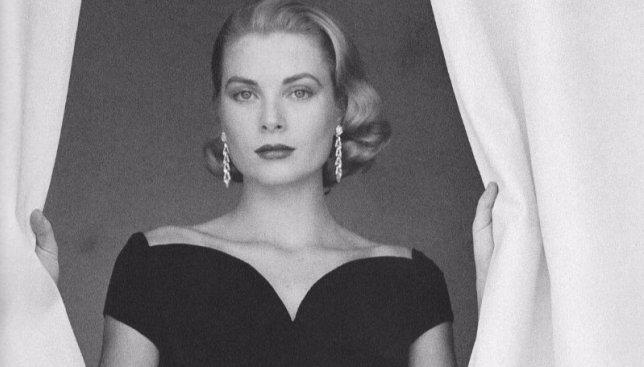 Красота сквозь века: какими были идеалы женской красоты в разные эпохи (Фото)