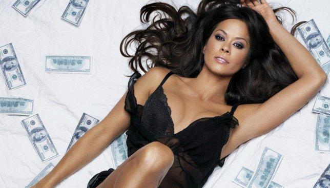 Разрушаем стереотипы о женах миллиардеров
