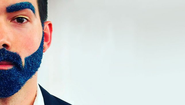 Новый мировой тренд: мужская борода с блесточками