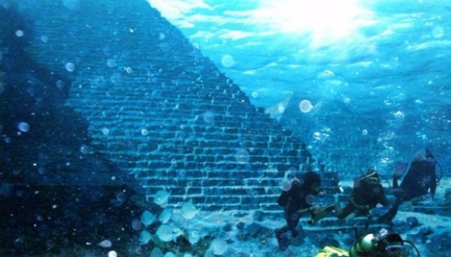 Шокирующая новость: на дне Бермудского треугольника нашли целый город!