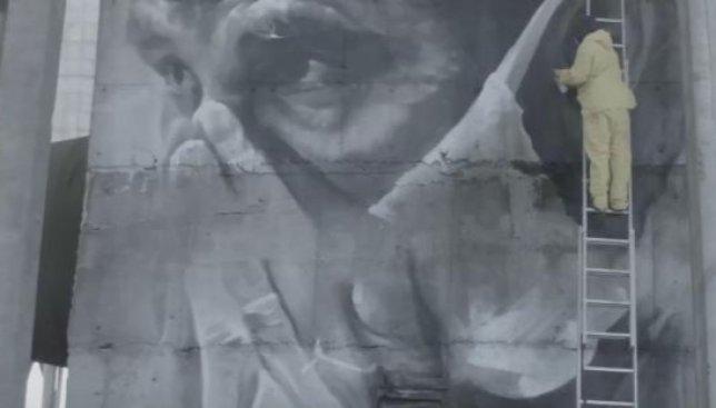 Сегодня 30 лет аварии на ЧАЭС: на недостроенном реакторе появился впечатляющий мурал (Видео)