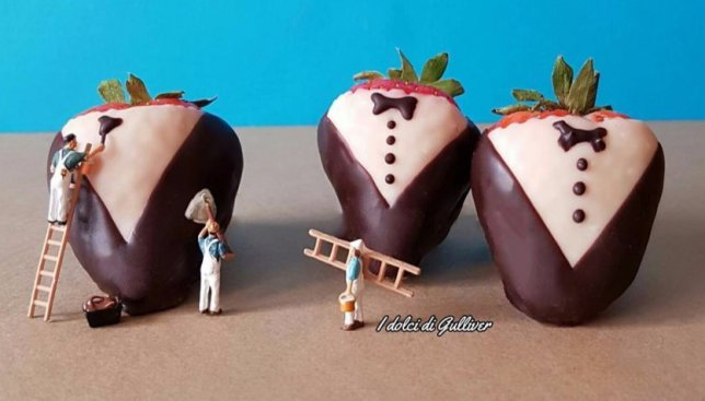 Сладкое на ночь: десерты, сделанные мини-человечками (Фото)