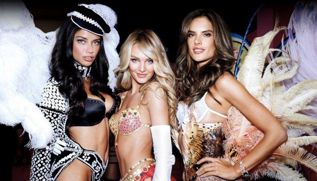 Модели шоу Victoria Secret 2015 покорили Нью-Йорк стройностью своих ног