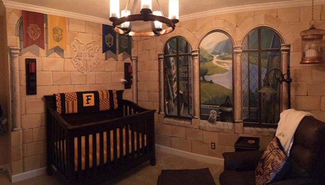 Фотографии комнаты-мечты в стиле Гарри Поттера, которую отец создал для своего сына