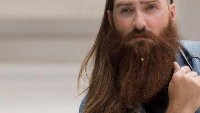 Хипстеры ликуют: созданы первые в мире украшения для бороды (Фото)