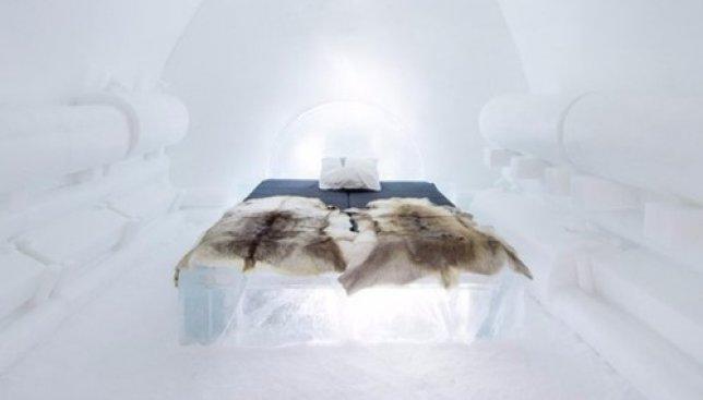 Необычный отель из льда и снега: как это - жить в окружении вечной мерзлоты