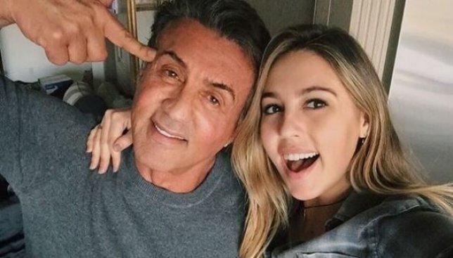 Сильвестр Сталоне гордится своими дочерьми: фото с его личного instagram