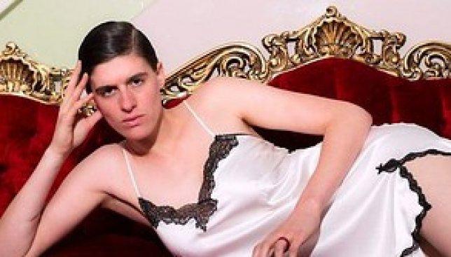 Девушка, которую постоянно путали с мужчиной, стала известной моделью