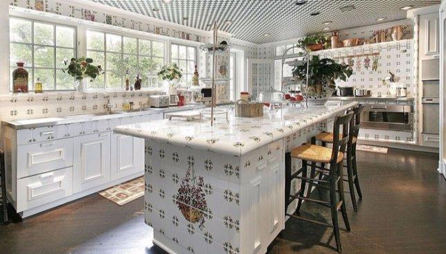 15 небанальных интерьеров для всех, кто затеял ремонт на кухне (Фото)