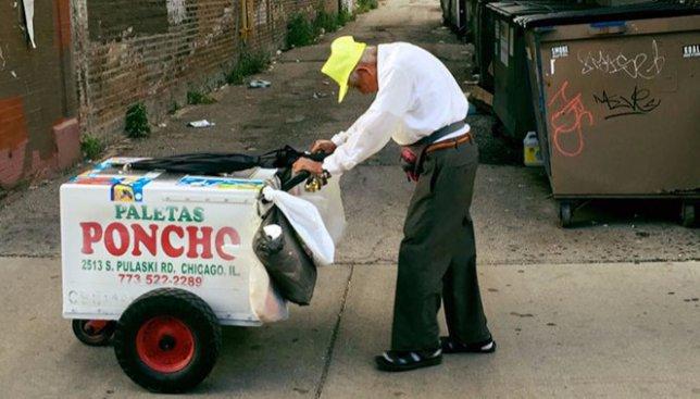 Чудеса случаются: как 89-летний продавец мороженного заработал 384 тыс. долларов (Фото)
