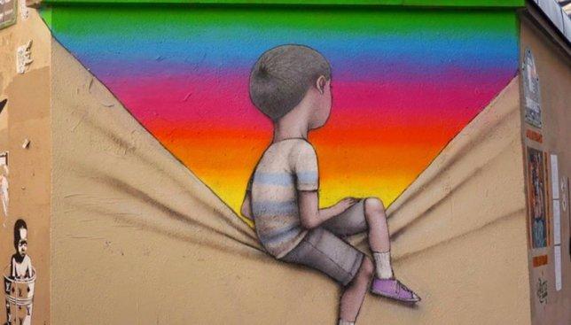 15 ярких граффити с детьми, которые хотят счастья, на серых домах по всему миру