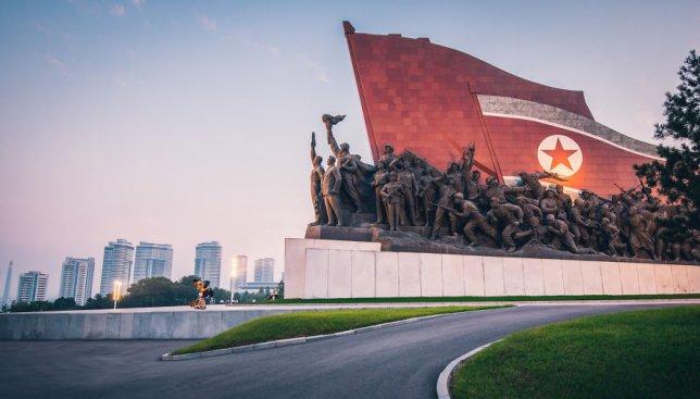 25 фотографий прямиком из диктаторской страны: как живут люди в Северной Корее