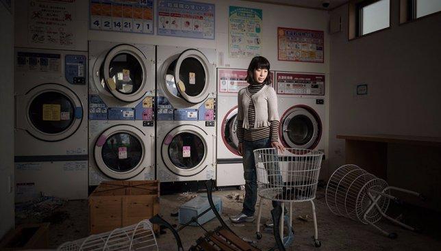 15 фотографий из пустынной Фукусимы: жители города вернулись посмотреть на свои дома