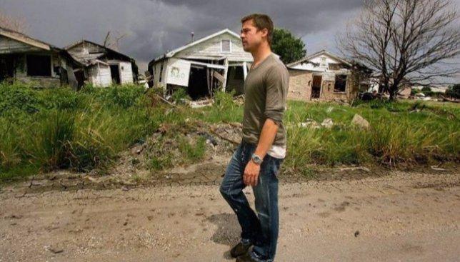 17 фотографий, как Брэд Питт построил сотни домов для семей, потерявших все при урагане