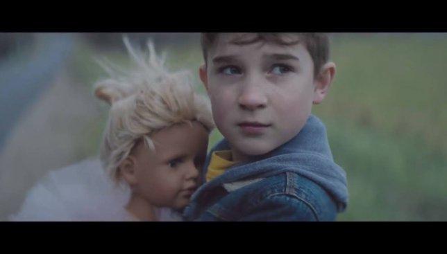 Детские эмоции: подарок, который может изменить жизнь (Видео)