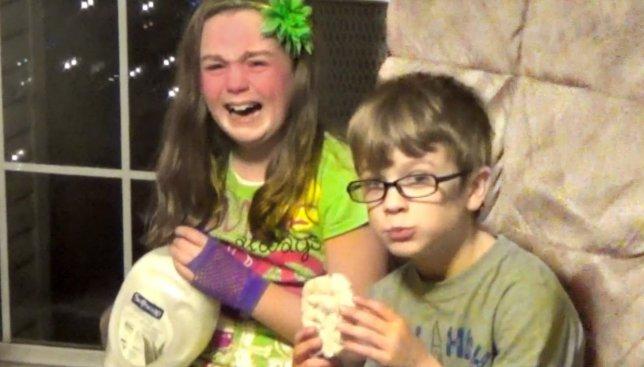 Реакция детей на рождественские подарки, которые им абсолютно не нравятся