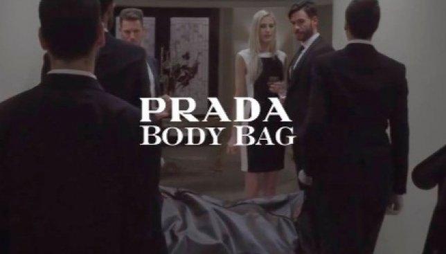 Комический ролик с глубоким смыслом: какой должна быть последняя сумочка в жизни женщины