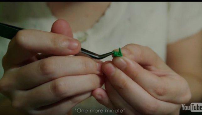 Ювелирная точность: как необычно проверяют молодых хирургов в Японии (Видео)