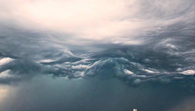 Ускоренная съемка: небо, которое похоже на океан (Видео)