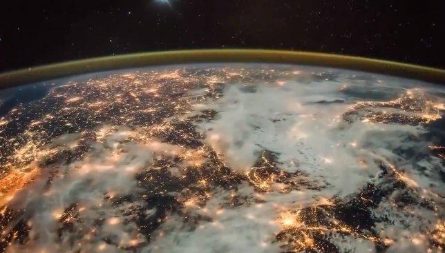 Как выглядит рассвет из орбиты планеты Земля (Видео)